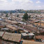 ケニアのスラム街を一望